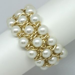 Pearl and gold wire Bracelet